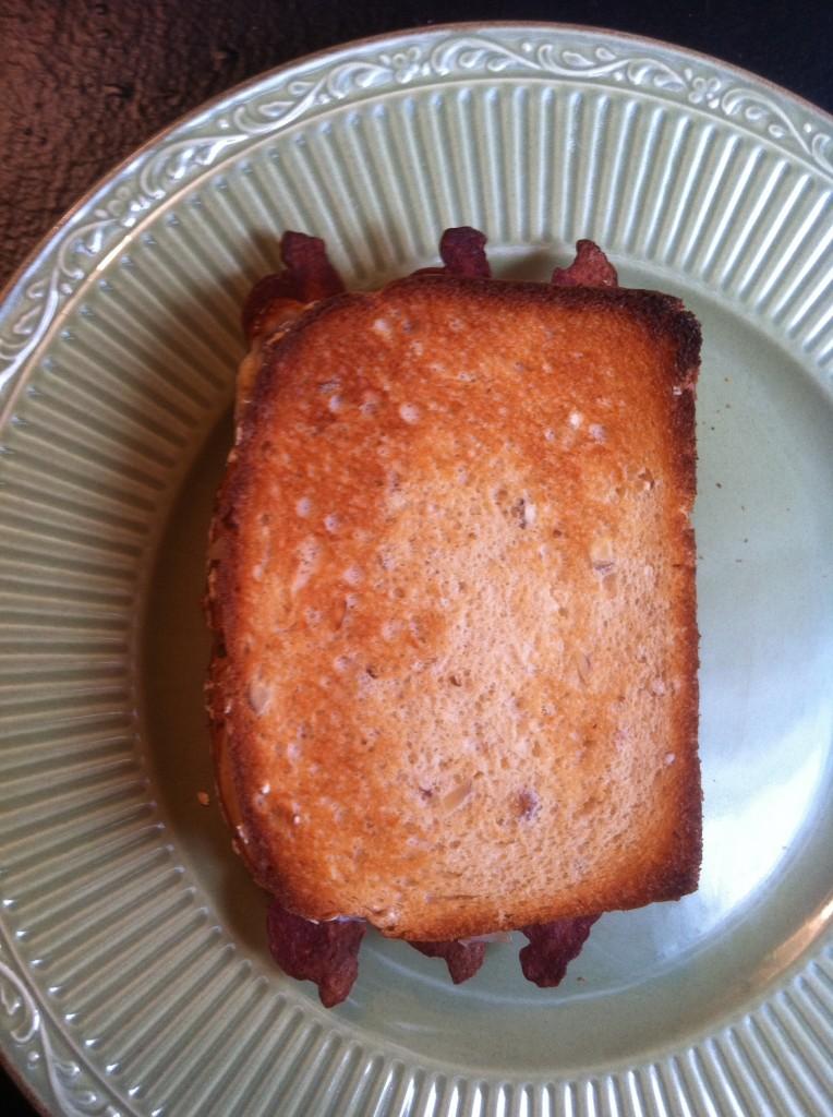Ultimate Sandwich: Tempting Turkey Sandwich from SimplifiedSaving.com