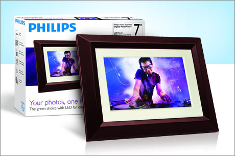 Philips LCD 7″ Digital Photo Frame $39 {Store, View & Organize Photos}