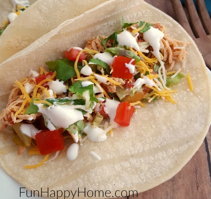 slow-cooker-shredded-chicken-tacos