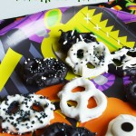 Halloween Pretzel Treats: An Easy Chocolate Covered Pretzels Recipe